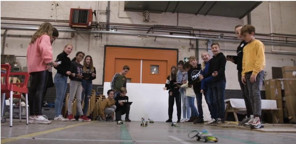 Mill Hill college maakt film over team X bij Ontdekstation013