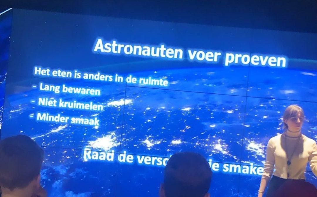Jonge astronauten volgen ruimtevaartschool in Tilburg.